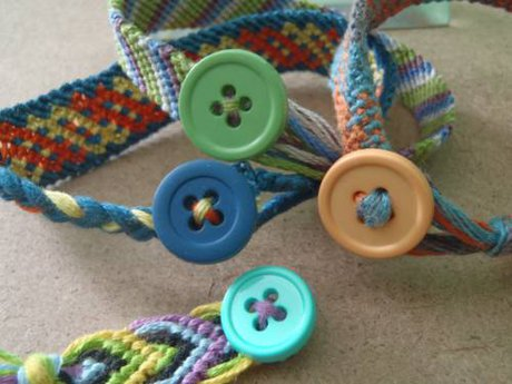 Ending bracelets with a button